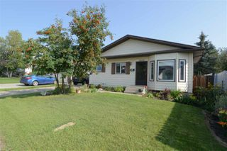 Photo 2: 18608 61 Avenue in Edmonton: Zone 20 House for sale : MLS®# E4172452
