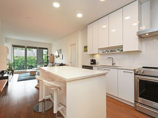 """Main Photo: 411 5460 BROADWAY in Burnaby: Parkcrest Condo for sale in """"Seasons"""" (Burnaby North)  : MLS®# R2405663"""