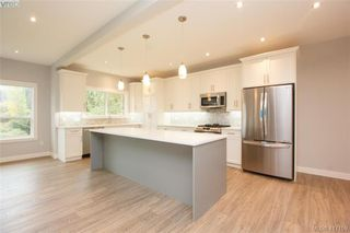 Photo 11: 1037 Sandalwood Court in VICTORIA: La Luxton Single Family Detached for sale (Langford)  : MLS®# 417159