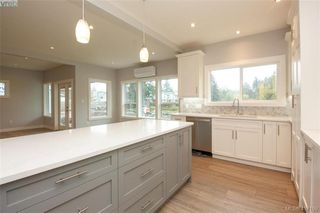 Photo 19: 1037 Sandalwood Court in VICTORIA: La Luxton Single Family Detached for sale (Langford)  : MLS®# 417159