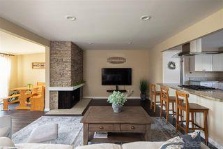 Photo 8: EL CAJON House for sale : 3 bedrooms : 370 Cottonpatch Way