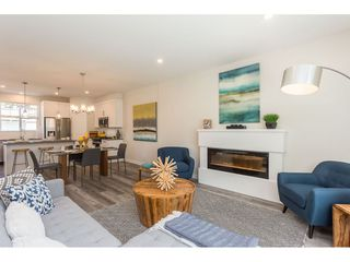 """Photo 8: 19 7740 GRAND Street in Mission: Mission BC Townhouse for sale in """"THE GRAND"""" : MLS®# R2422936"""