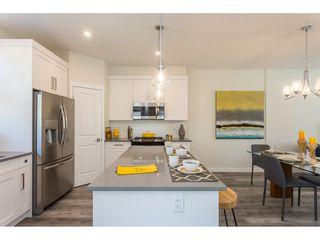 """Photo 4: 19 7740 GRAND Street in Mission: Mission BC Townhouse for sale in """"THE GRAND"""" : MLS®# R2422936"""