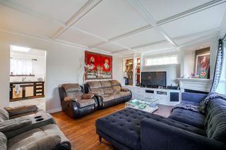 Photo 2: 14140 NORTH BLUFF Road: White Rock House for sale (South Surrey White Rock)  : MLS®# R2435332