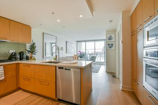 Photo 2: 309 1680 W 4TH Avenue in Vancouver: False Creek Condo for sale (Vancouver West)  : MLS®# R2464223
