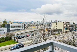 Photo 21: 309 1680 W 4TH Avenue in Vancouver: False Creek Condo for sale (Vancouver West)  : MLS®# R2464223