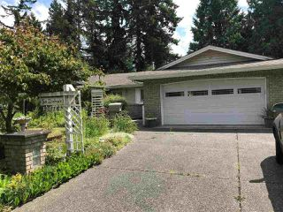 Photo 1: 20116 43 Avenue in Langley: Brookswood Langley House for sale : MLS®# R2475335