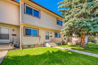 Photo 15: 110 6100 4 Avenue NE in Calgary: Marlborough Park Row/Townhouse for sale : MLS®# A1012506