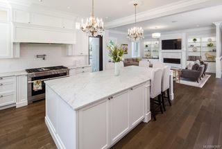 Photo 26: 2810 Lansdowne Rd in Oak Bay: OB Uplands Single Family Detached for sale : MLS®# 843887