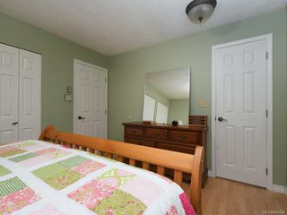Photo 14: 247 Stormont Rd in View Royal: VR View Royal House for sale : MLS®# 844094