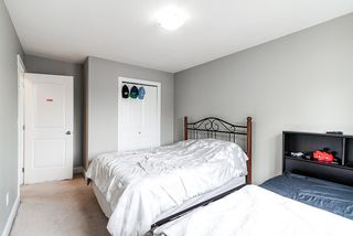 Photo 21: 5898 151 Street in Surrey: Sullivan Station House for sale : MLS®# R2500939
