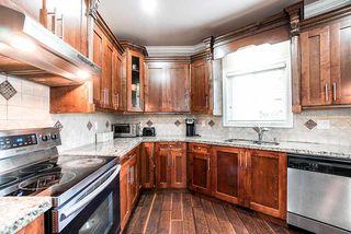 Photo 11: 5898 151 Street in Surrey: Sullivan Station House for sale : MLS®# R2500939