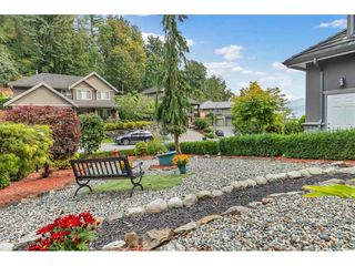 Photo 3: 35734 REGAL Parkway in Abbotsford: Abbotsford East House for sale : MLS®# R2504492