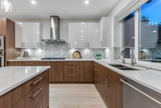 Photo 7: 218 W 24TH Street in North Vancouver: Central Lonsdale House for sale : MLS®# R2509349