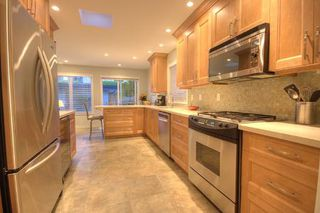 Photo 9: 1249 CLYDE AV in West Vancouver: House for sale (Ambleside)  : MLS®# V740164