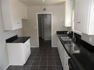 Photo 3: SAN DIEGO House for sale : 3 bedrooms : 5226 Waring