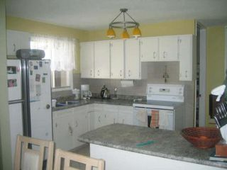 Photo 2: 70 Siddall Cres.: Residential for sale (Valley Gardens)  : MLS®# 2713649
