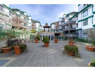 "Photo 10: # 405 1576 MERKLIN ST: White Rock Condo for sale in ""The Embassy"" (South Surrey White Rock)  : MLS®# F1323034"