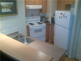 "Photo 4: 508 680 CLARKSON Street in New Westminster: Downtown NW Condo for sale in ""THE CLARKSON"" : MLS®# V1040925"