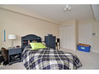 "Photo 14: 62 2979 PANORAMA Drive in Coquitlam: Westwood Plateau Townhouse for sale in ""DEER CREST"" : MLS®# V1044506"