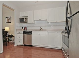 Photo 6: 311 2678 DIXON Street in Port Coquitlam: Central Pt Coquitlam Condo for sale : MLS®# V1051693
