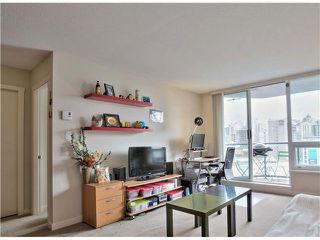 "Photo 10: 1001 1212 HOWE Street in Vancouver: Downtown VW Condo for sale in ""1212 HOWE"" (Vancouver West)  : MLS®# V1055279"