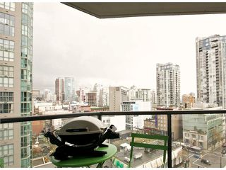 "Photo 15: 1001 1212 HOWE Street in Vancouver: Downtown VW Condo for sale in ""1212 HOWE"" (Vancouver West)  : MLS®# V1055279"
