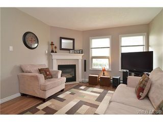 Photo 4: 3 930 North Park Street in VICTORIA: Vi Central Park Townhouse for sale (Victoria)  : MLS®# 336708