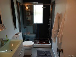 Photo 8: 661 Kildonan Drive in WINNIPEG: East Kildonan Residential for sale (North East Winnipeg)  : MLS®# 1411580