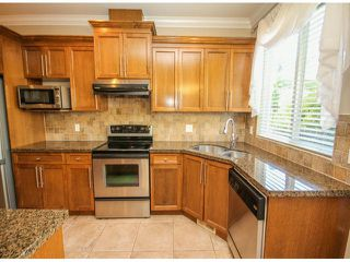 "Photo 11: 7266 198TH Street in Langley: Willoughby Heights House for sale in ""MOUNTAIN VIEW ESTATES"" : MLS®# F1422393"