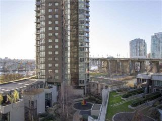 "Photo 2: 701 1495 RICHARDS Street in Vancouver: Yaletown Condo for sale in ""Azura II"" (Vancouver West)  : MLS®# V1111061"