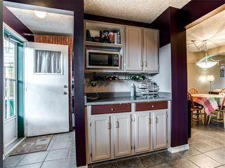 Photo 9: 27 Woodmont Green SW in Calgary: Woodbine House for sale : MLS®# C4022488
