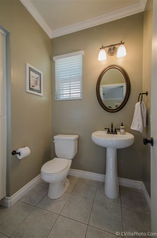Photo 9: SAN MARCOS House for sale : 3 bedrooms : 481 Camino Verde