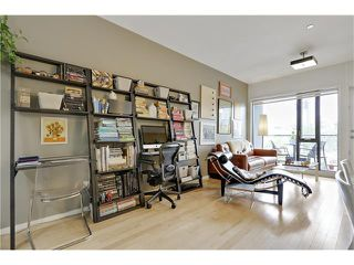 Photo 12: 202 414 MEREDITH Road NE in Calgary: Crescent Heights Condo for sale : MLS®# C4031332