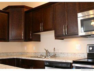 Photo 5: 1154 LINDSAY Street in Regina: Eastview Single Family Dwelling for sale (Regina Area 03)  : MLS®# 549678