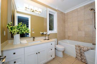 Photo 17: 1329 ANDERSON Street: White Rock House for sale (South Surrey White Rock)  : MLS®# R2040535