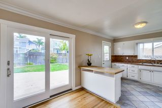 Photo 8: BAY PARK House for sale : 3 bedrooms : 3277 Mohican in San Diego