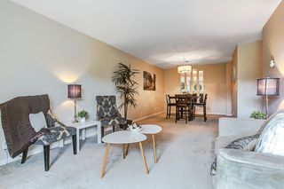 "Photo 4: 201 1150 DUFFERIN Street in Coquitlam: Eagle Ridge CQ Condo for sale in ""GLEN EAGLES"" : MLS®# R2072453"
