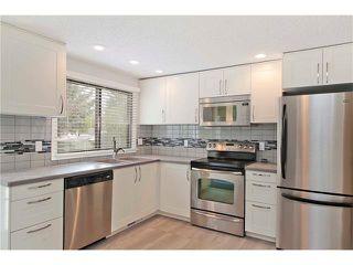 Photo 10: 2831 OAKWOOD Drive SW in Calgary: Oakridge House for sale : MLS®# C4079532