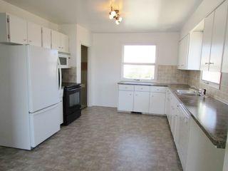 """Photo 3: 9004 99 Avenue in Fort St. John: Fort St. John - City SE House for sale in """"CAMARLO PARK"""" (Fort St. John (Zone 60))  : MLS®# R2113421"""