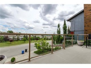 Photo 5: 5815 COACH HILL Road SW in Calgary: Coach Hill House for sale : MLS®# C4085470