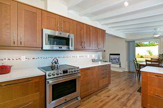 Photo 7: BAY PARK House for sale : 3 bedrooms : 3149 Denver Street in San Diego