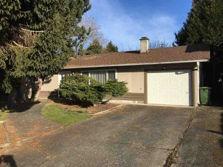 Photo 1: 10520 SKAGIT Drive in Richmond: Steveston North House for sale : MLS®# R2126538