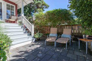 "Photo 2: 2670 O'HARA Lane in Surrey: Crescent Bch Ocean Pk. House for sale in ""Crescent Beach Waterfront"" (South Surrey White Rock)  : MLS®# R2132079"