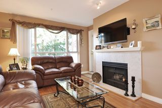 Photo 2: 211 2551 PARKVIEW Lane in Port Coquitlam: Central Pt Coquitlam Condo for sale : MLS®# R2133459