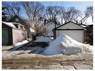 Photo 2: 793 Garwood Avenue in Winnipeg: Crescentwood Residential for sale (1B)  : MLS®# 1704546