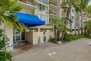 Photo 2: PACIFIC BEACH Condo for sale : 2 bedrooms : 4944 CASS STREET #504 in San Diego