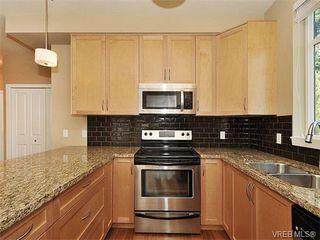 Photo 6: 201 611 Goldstream Ave in VICTORIA: La Fairway Condo for sale (Langford)  : MLS®# 753485