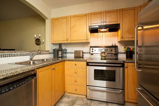 """Photo 7: 50 7128 STRIDE Avenue in Burnaby: Edmonds BE Townhouse for sale in """"Riverstone"""" (Burnaby East)  : MLS®# R2146308"""