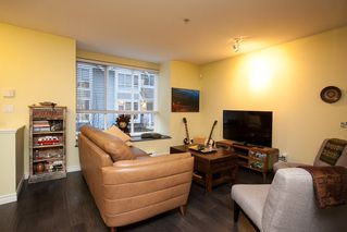 """Photo 5: 50 7128 STRIDE Avenue in Burnaby: Edmonds BE Townhouse for sale in """"Riverstone"""" (Burnaby East)  : MLS®# R2146308"""